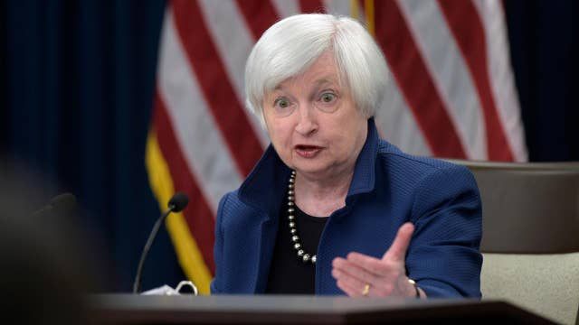 Fed's Yellen: Economy continues to expand at moderate pace