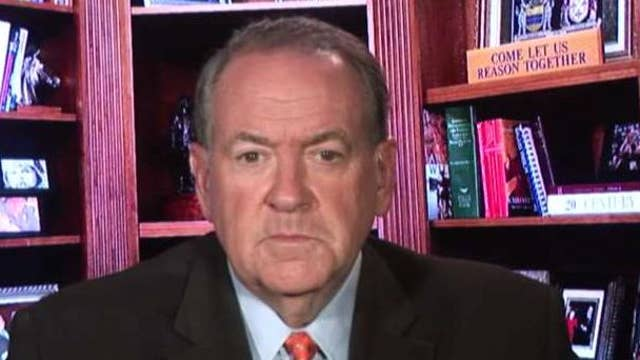 Fmr. Gov. Mike Huckabee: We're not safe if our government can spy on us