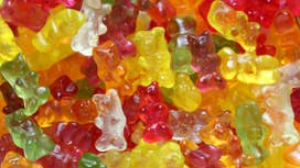 This 22-year-old created a $1M 'healthy' gummi bear company