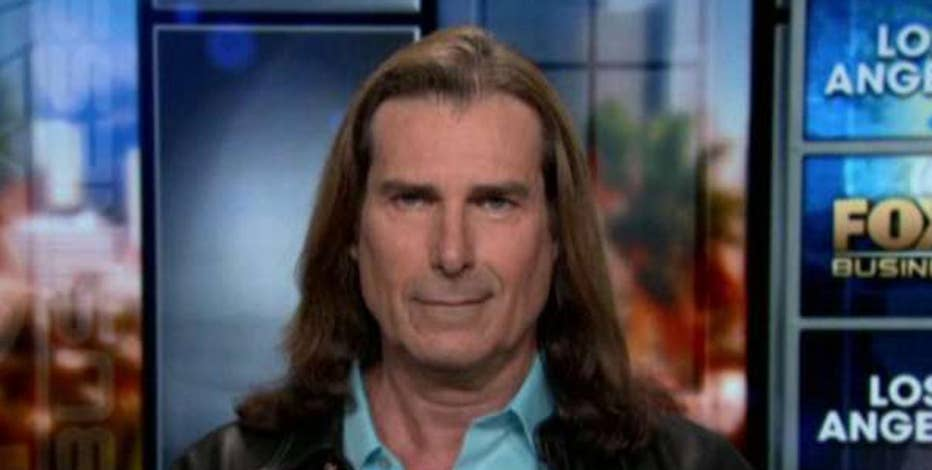 Actor Fabio Lanzoni says when you give up your right to bear arms, you give more power to politicians.