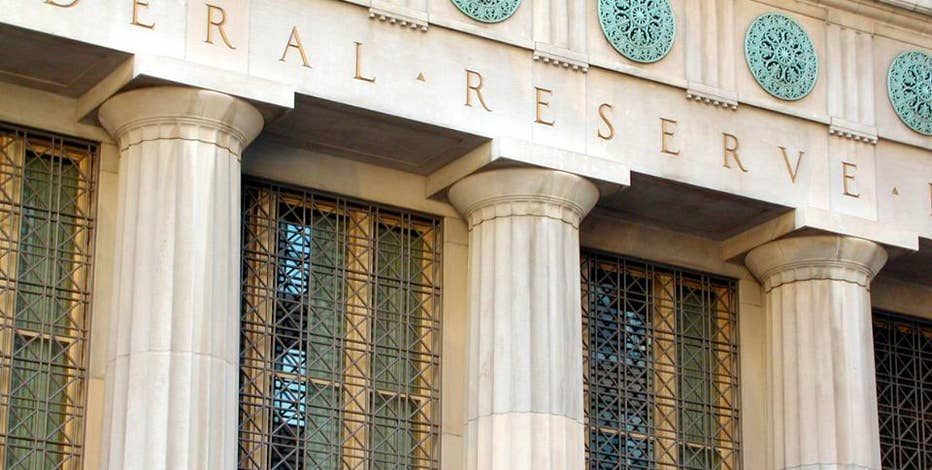 Fmr. SEC Chairman and Kalorama Partners Founders & CEO Harvey Pitt, Wall Street Journal Chief Economics Correspondent Jon Hilsenrath and Jonathan Hoenig of Capitalistpig weigh in on the Federal Reserve bank stress test report results.