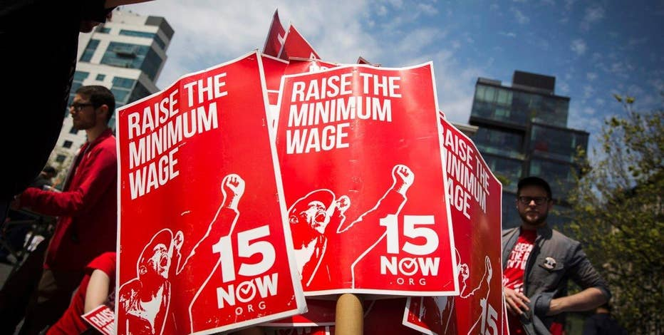 EPI Managing Director Michael Saltsman on the impact of a minimum wage hike on the job market and economy.