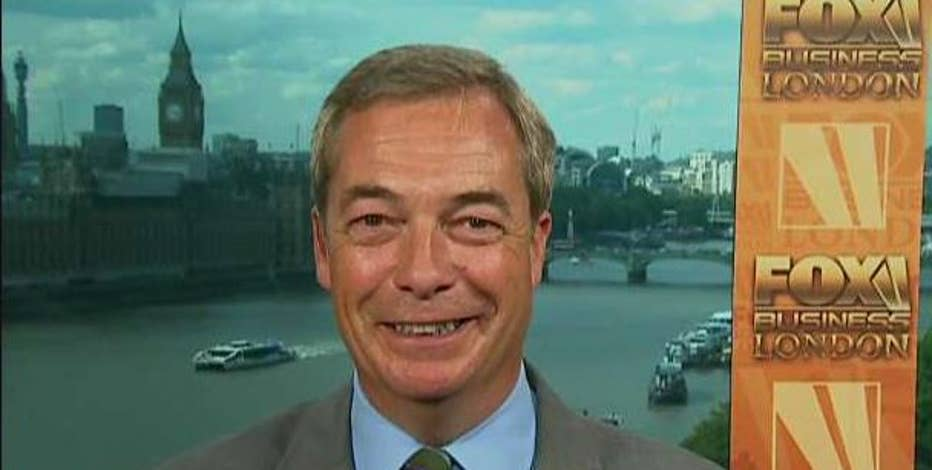 Former UK Independence Party Leader Nigel Farage reacts to 'person of interest claims' in the FBI's investigation into President Trump and Russia.