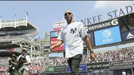 Derek Jeter has a handshake agreement with Miami Marlins, may not call the shots