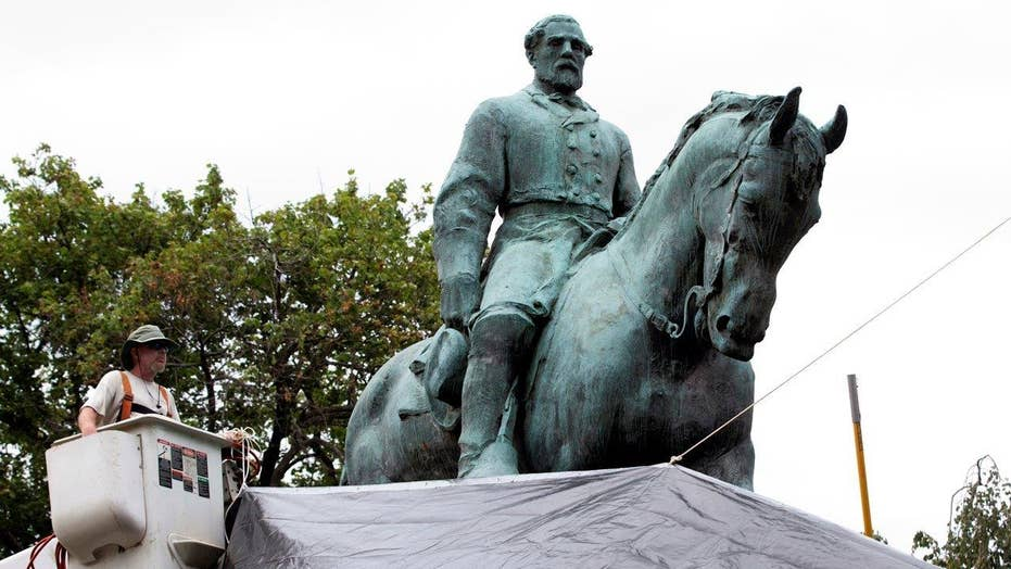 Democrats push for removal of Confederate statues