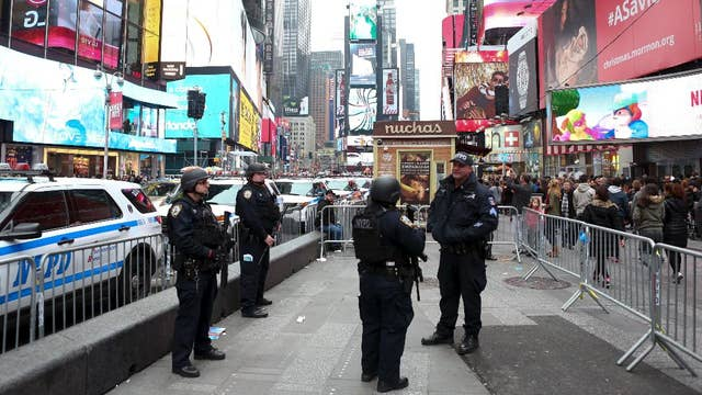 Nudists hit Times Square in search for tips