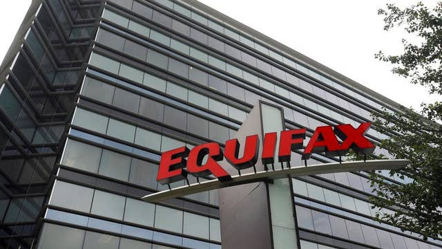 Equifax CEO to step down