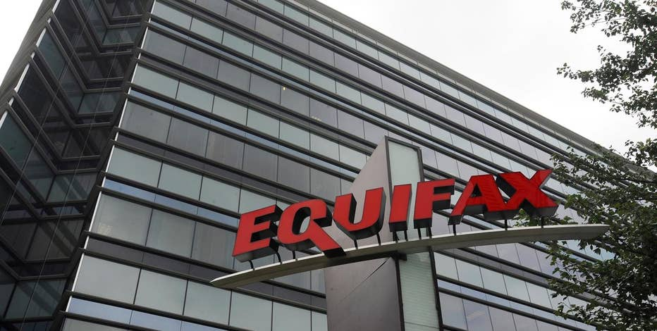 Cyber security expert Morgan Wright weighs in on the Equifax Inc hack, which may have exposed the personal details of potentially more than 143 million people.