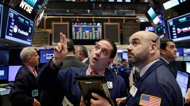 Stocks dip on corporate tax rate reduction rollout