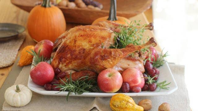 Thanksgiving dinner: Poll finds most dreading talking politics