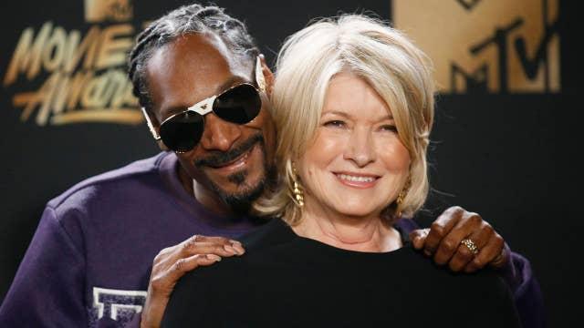 Martha Stewart: Snoop Dogg is fun to 'hang with'