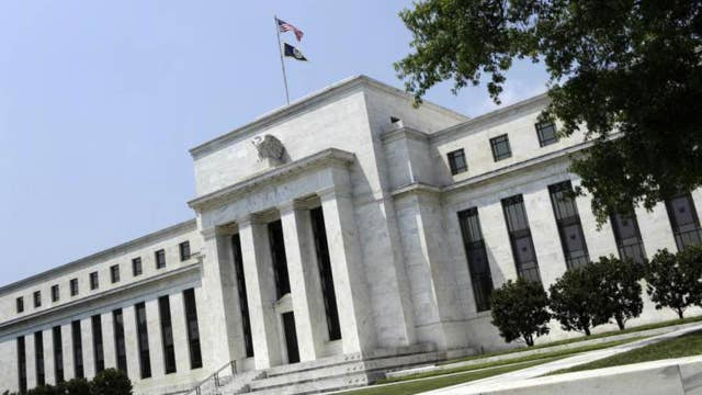 Fed minutes: Officials disagreed over causes of weak inflation