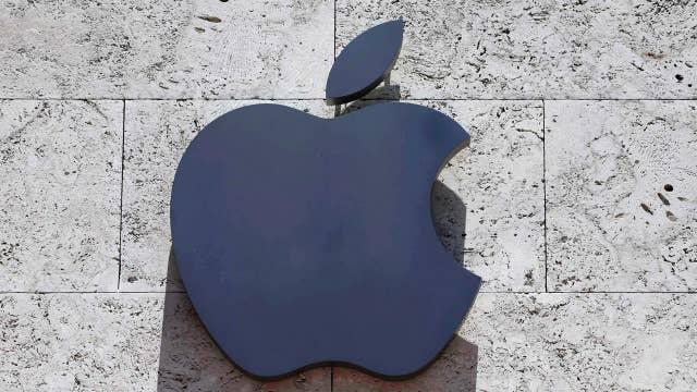 Apple beats third-quarter estimates