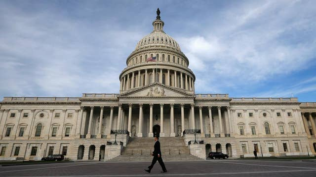 Senate reaches tentative bipartisan deal on bank rules