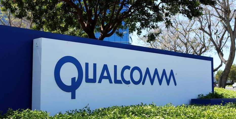 Rosecliff CEO Mike Murphy and Kelly & Co. Managing Partner Kevin Kelly on Qualcomm's decision to reject Broadcom's bid to buy the company.