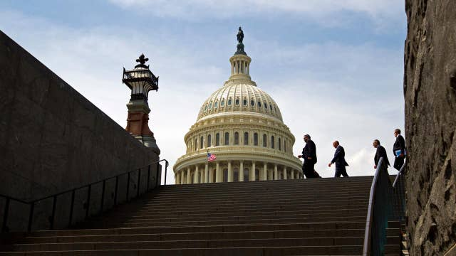 Congress scrambles to avoid a government shutdown