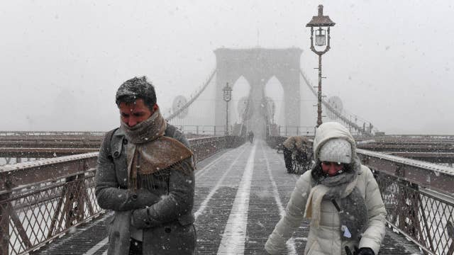 'Bomb cyclone' storm impacting thousands of East Coast flights