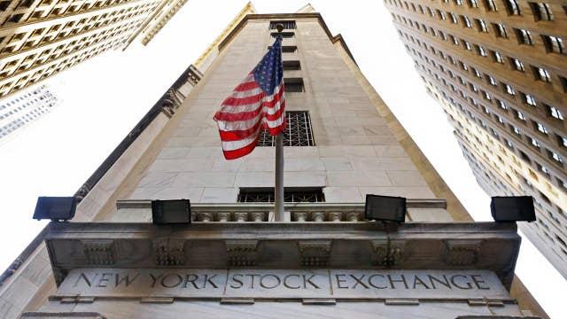 Stocks hit new highs on earnings optimism