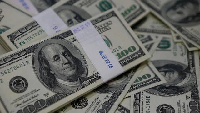 Salary of more than a quarter million federal employees kept secret