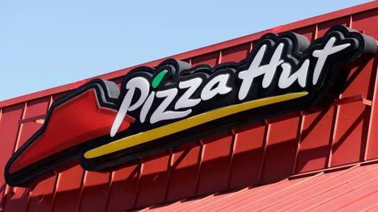 Pizza Hut ready for NFL kickoff after Papa John's fumble