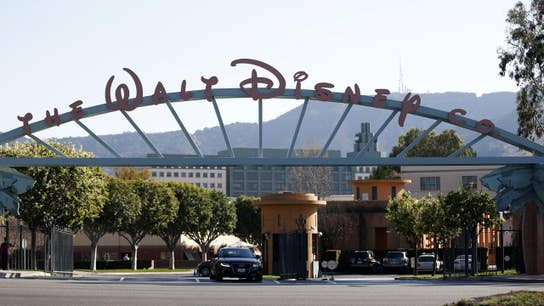 Disney beats on 1Q earnings, misses on revenue