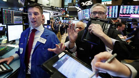 Strong earnings reports push stocks forward