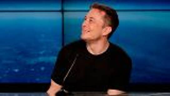 Elon Musk tweets about 'hypocrisy of big media companies'