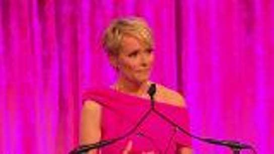 Gerri Willis receives Susan G. Komen Impact Award