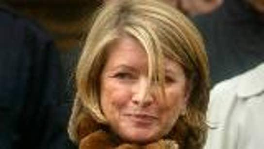 Trump considers Martha Stewart pardon