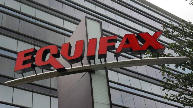 Former Equifax manager charged with insider trading