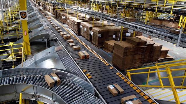Record sales for Amazon on Prime Day despite website glitch