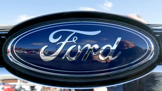 Ford's shares tumble after earnings disappoint