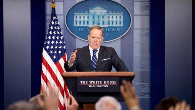 Melissa McCarthy is a talented actor: Sean Spicer