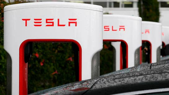 SEC ramps up investigation into Tesla, issues subpoena: Charlie Gasparino