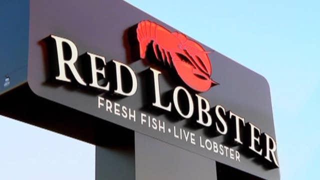 Red Lobster bans plastic straws; Kroger, Walgreens team up