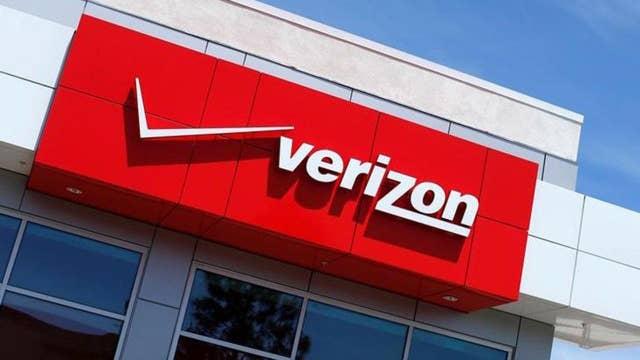 Verizon breaking up wireless unit in reorganization