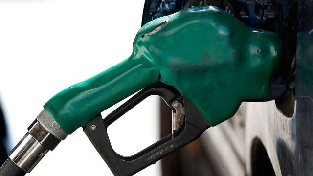 Pros and cons of low gas prices