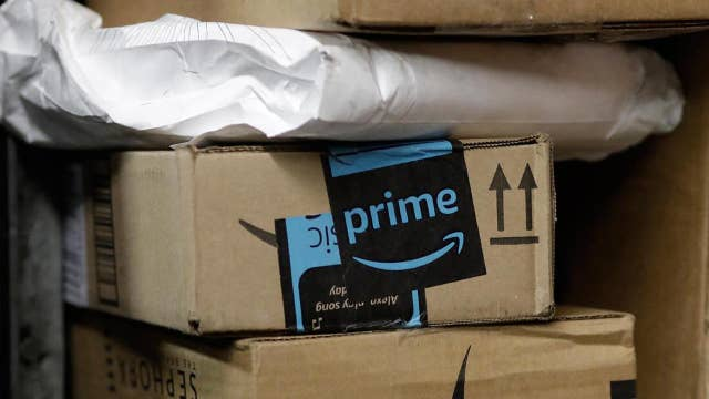 Amazon may split second HQ; 7-Eleven tests 'scan and go'
