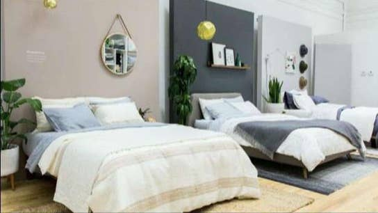 Luxury online bedding company Brooklinen opens pop up shop