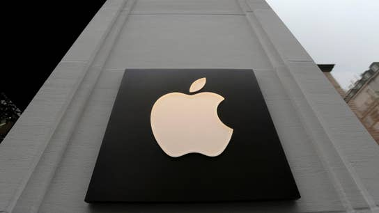 Apple shares tumble after forecast wanes