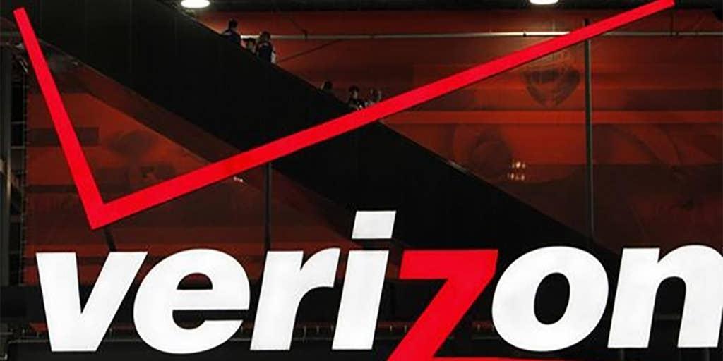 Verizon adds 1 2M wireless customers in 4Q | Fox Business