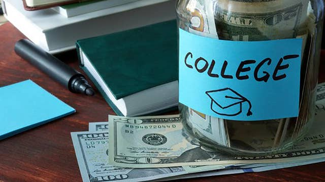 US student loan debt hits record high: Report