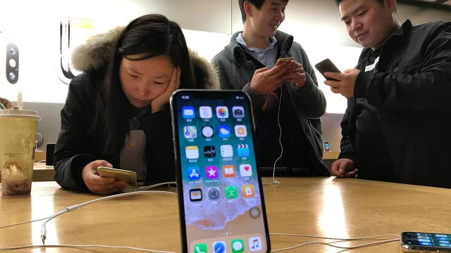 Apple's iPhones banned by a Chinese court