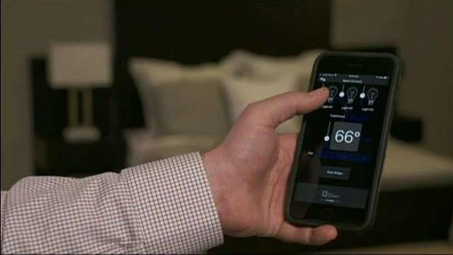 Improving your travel experience with smart hotel rooms