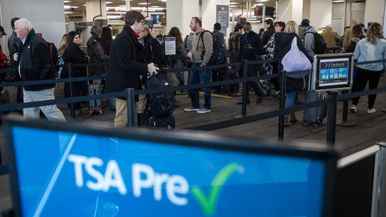 Rep. Massie on the shutdown: It's immoral to make TSA workers go to work without pay