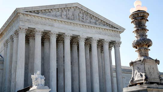 Trump's national emergency may end up before SCOTUS: Constitutional lawyer