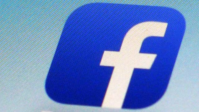 Facebook restoring Elizabeth Warren ads calling for big tech breakup