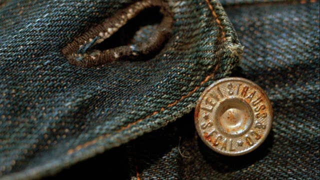 Investing in IPOs: Should investors buy Levi Strauss?