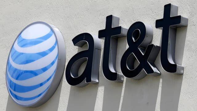 AT&T CEO expresses skepticism that the government will approve T-Mobile-Sprint merger: Charlie Gasparino