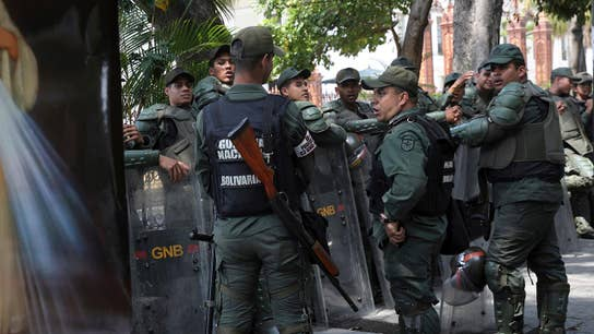 US needs to put pressure on Venezuelan military to stage coup against Maduro: Former Navy SEAL Rob O'Neill